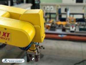 Fotografia do Laboratório de Sistemas Integrados de Manufatura